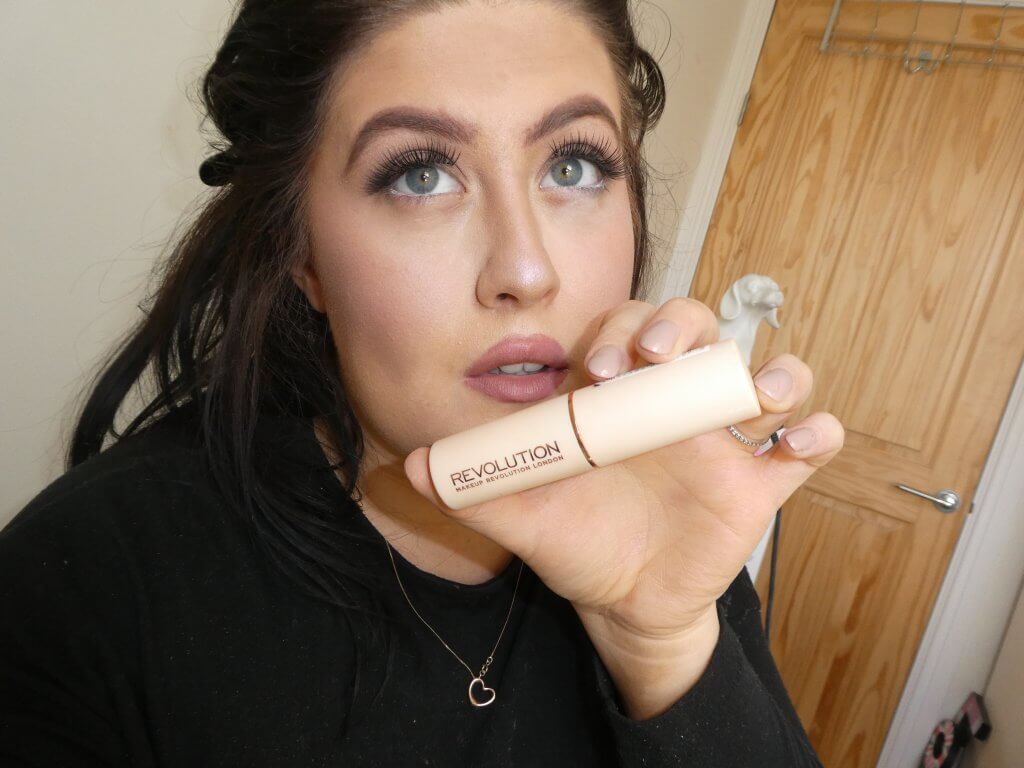 Makeup Revolution Foundation Stick First Impression