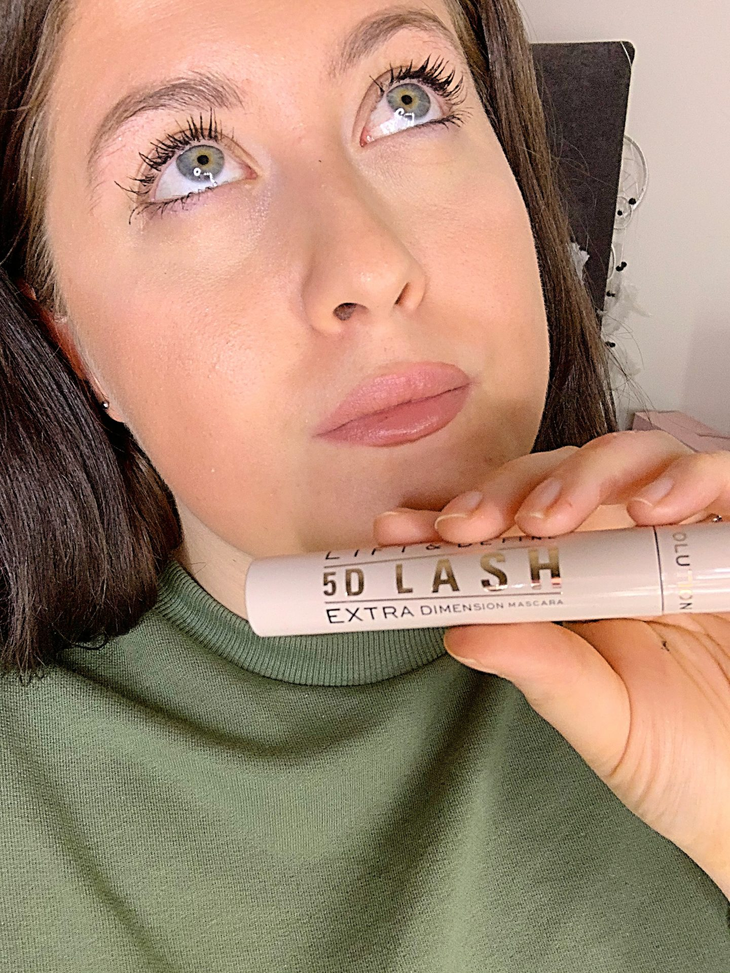 The Brand New Revolution 5D Mascara First Impressions
