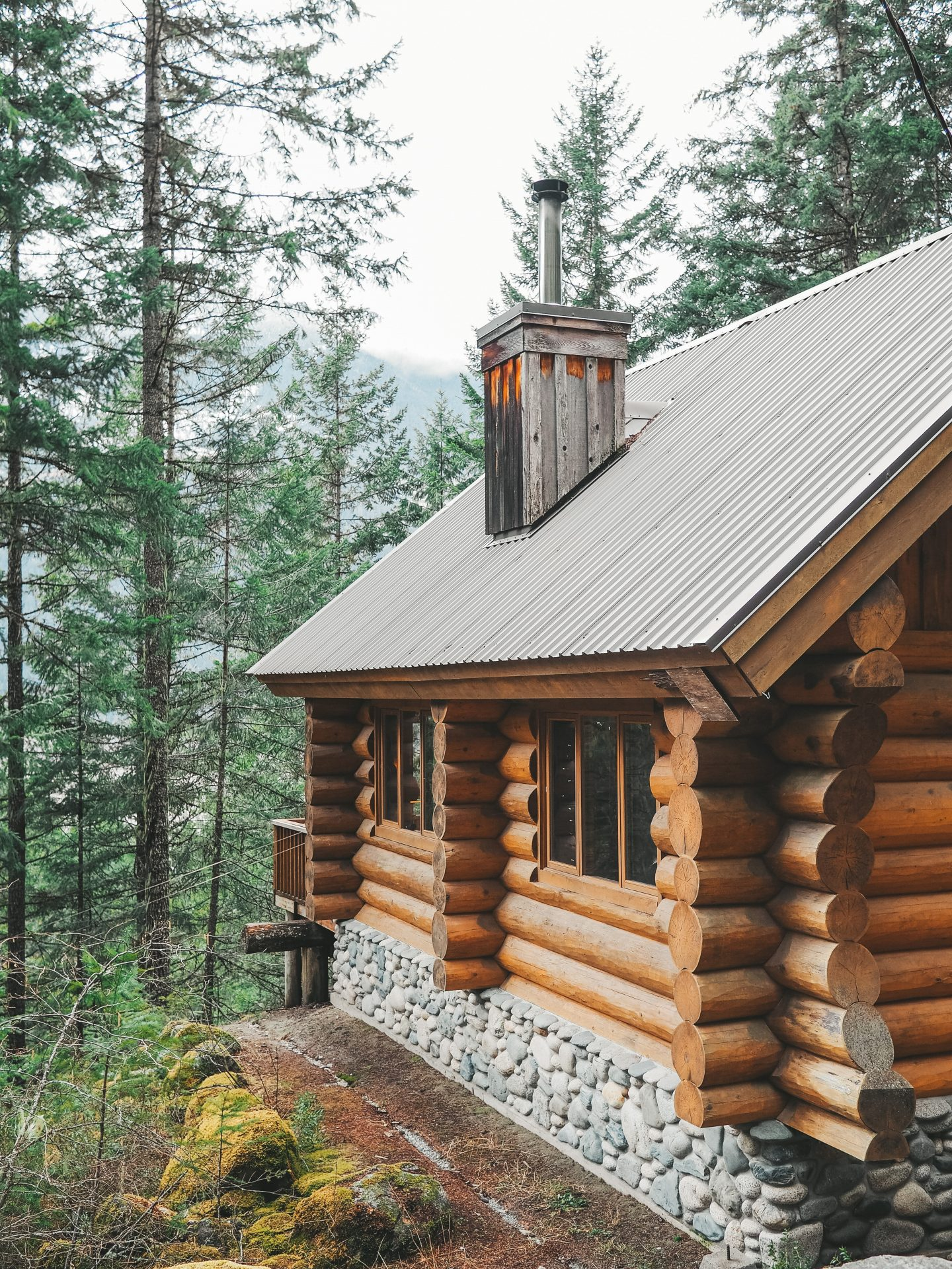 5 Benefits To Owning A Log Cabin